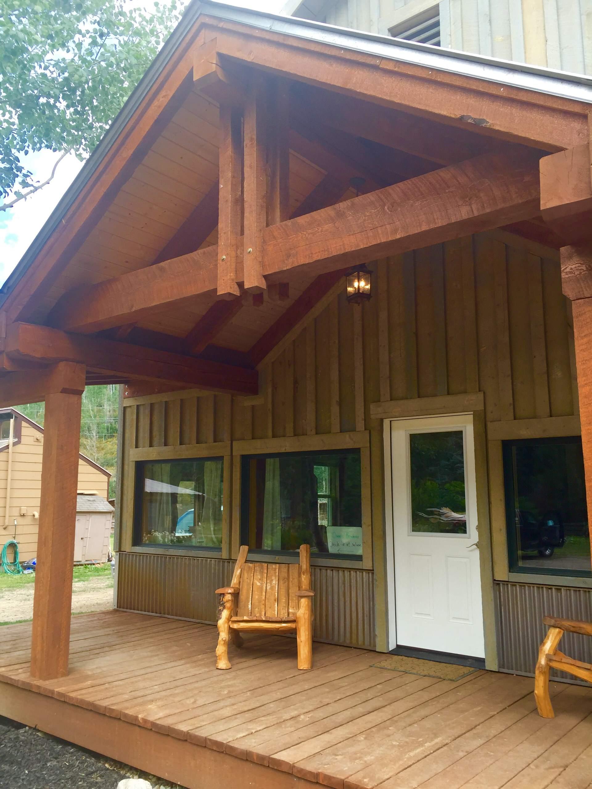 Elk River Guest Ranch