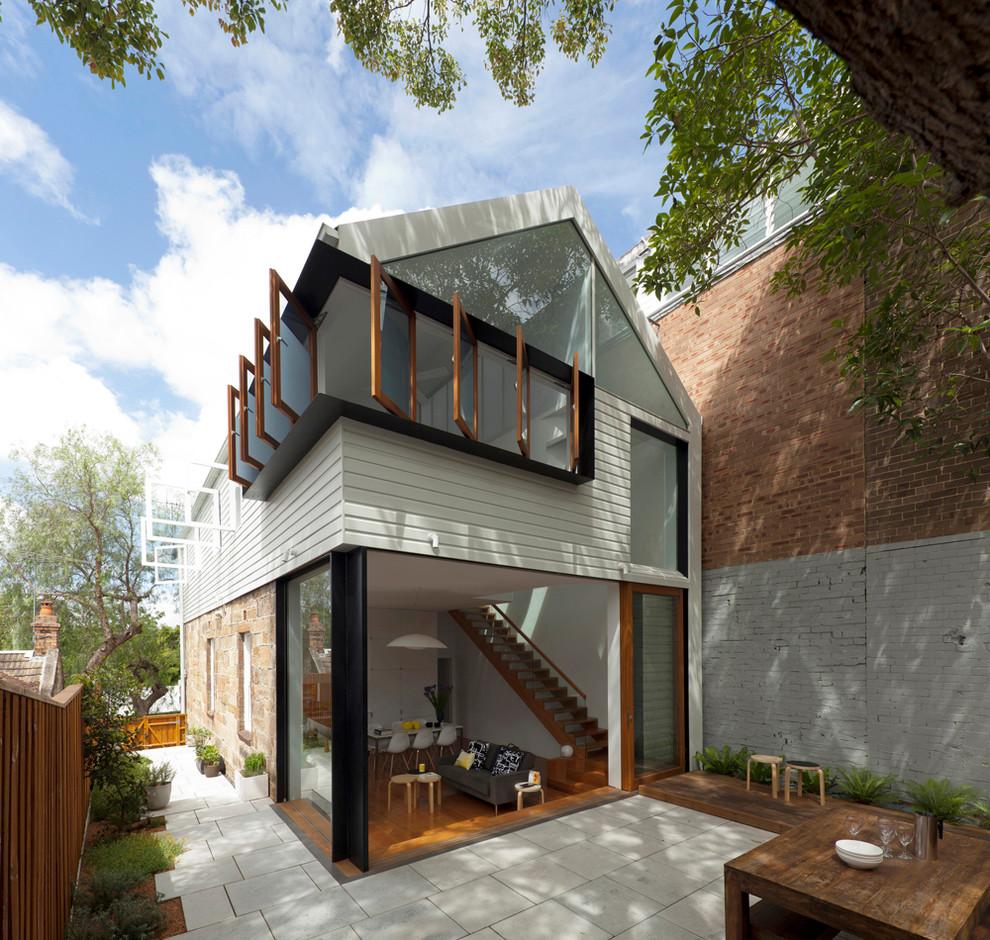 Contemporary exterior in Sydney.