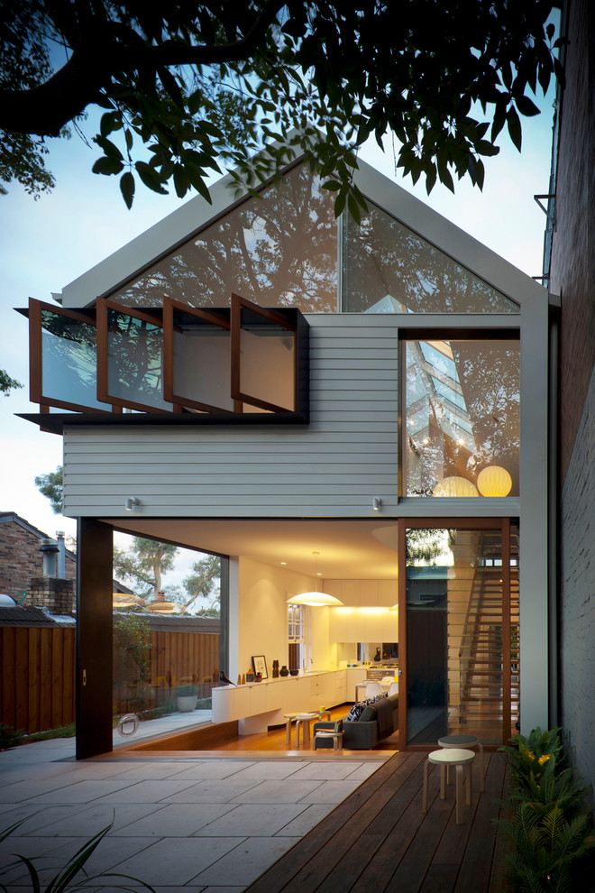 This is an example of a mid-sized contemporary two-storey exterior in Sydney.