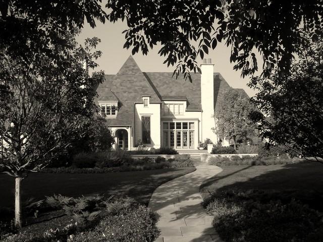 Elm Street traditional-exterior