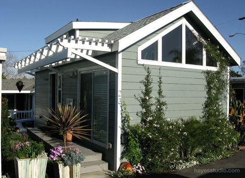 Encinitas Cottage/Mobile Home. The Modern Manufactured Home