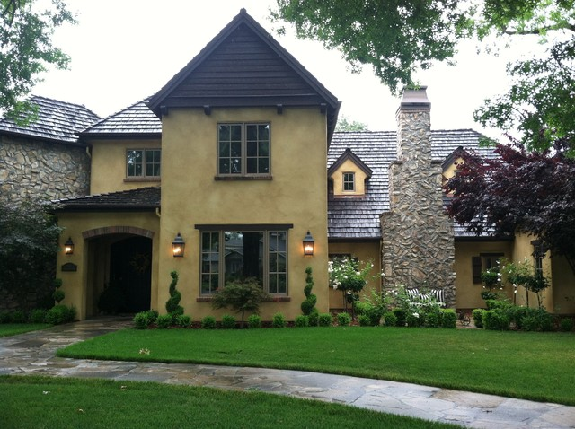 English Country Home traditional-exterior