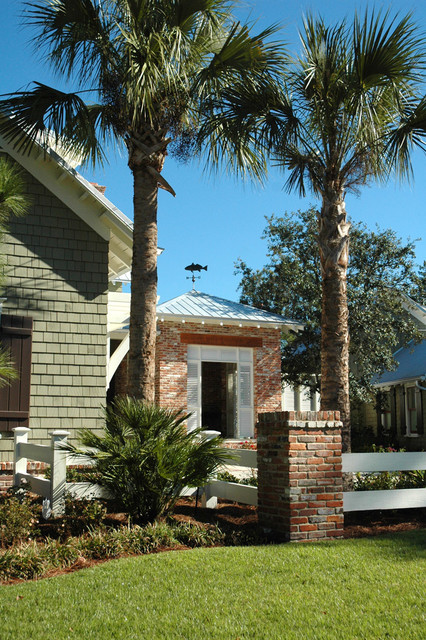 English residence traditional exterior jacksonville for British landscape architects