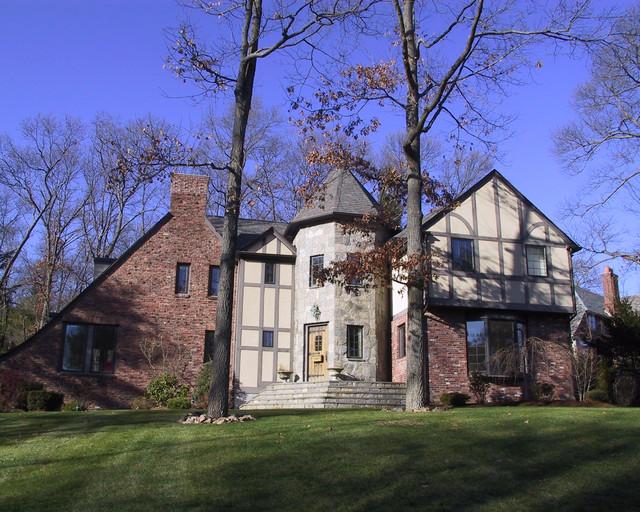 English tudor - How to update a tudor style home exterior ...
