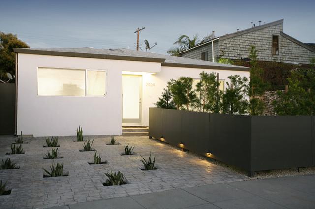 Entry Garden modern-entry