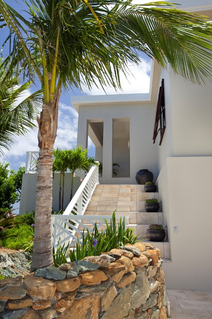 Entry steps tropical-exterior