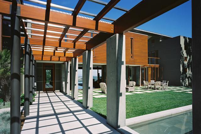 Contemporary Exterior Cement Pillars : Entry trellis