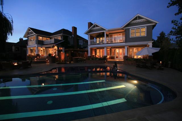 Eresman Residence traditional-exterior