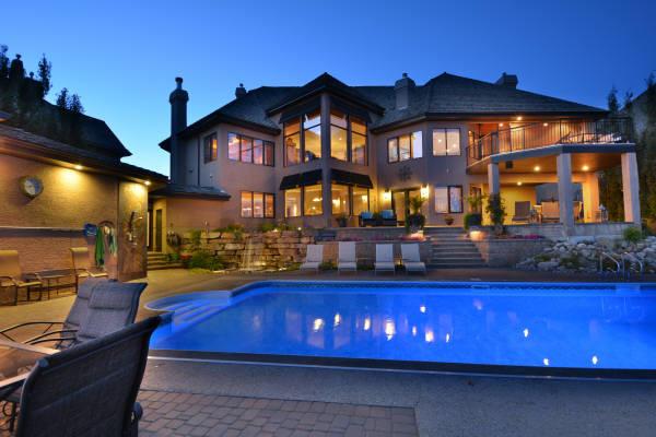 Estate Home Pool & Landscape