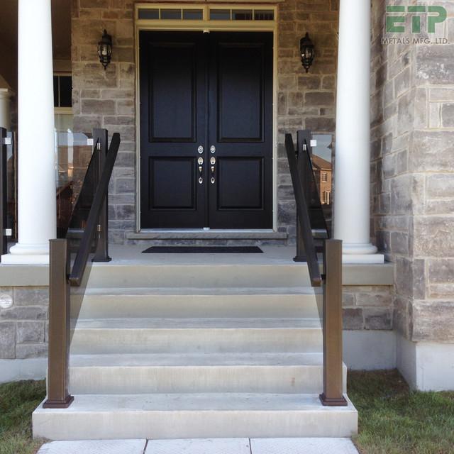 Etp metals aluminum glass railing for Exterior glass railing