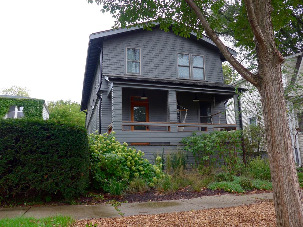 Evanston Il Farmhouse Custom Color Siding Color Exterior