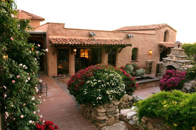 Exetrior - Spanish-Style Beauty mediterranean-exterior