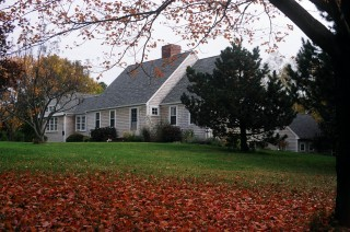 Expanded Cape Style House - Ipswich MA traditional-exterior