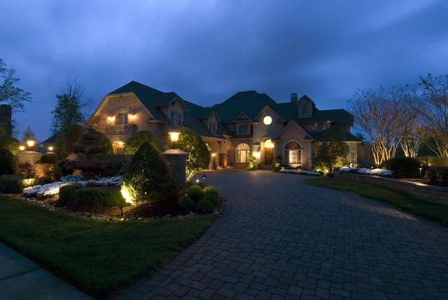 Exterior and Landscape Lighting traditional-exterior