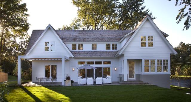 Exterior - Back traditional-exterior