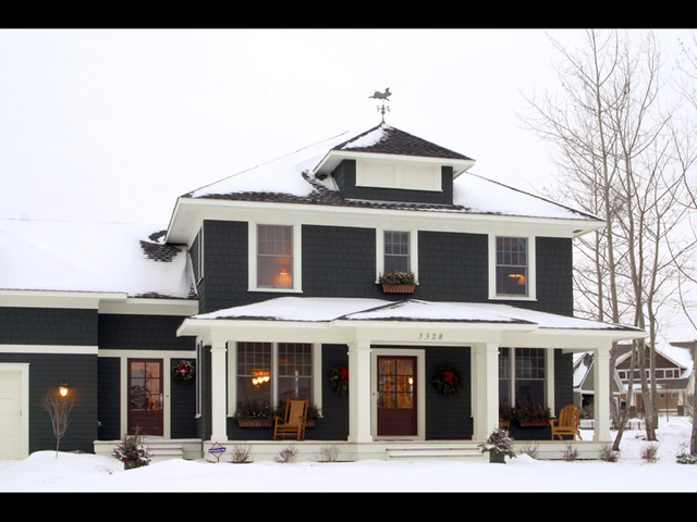 Exterior classic american four square traditional for Four square home designs