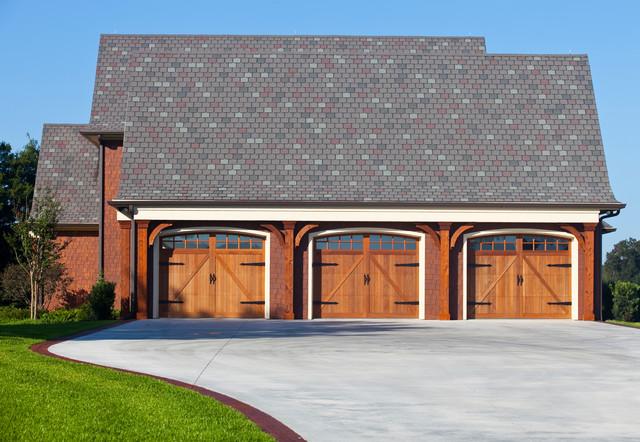 Exterior craftsman style garage doors for Craftsman style garage lights