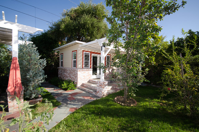 Detached Guest House Home Design Ideas  Pictures  Remodel and DecorPhoto of a small traditional exterior in Los Angeles