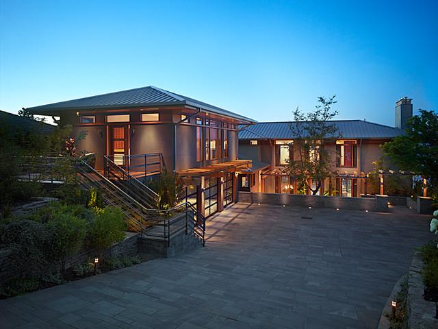 Exterior of Lakefront Splendor contemporary-exterior