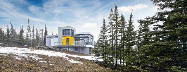 Exterior of the Two Harbors Retreat contemporary-exterior
