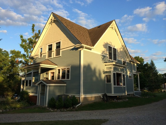 Farmhouse Exterior Paint Colors