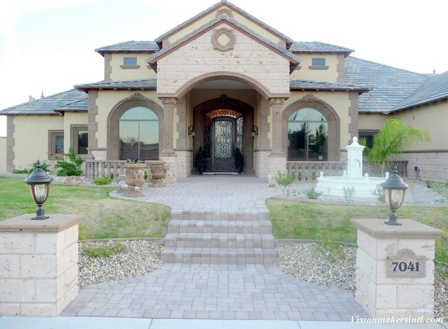 Exterior Stone Accents traditional-exterior