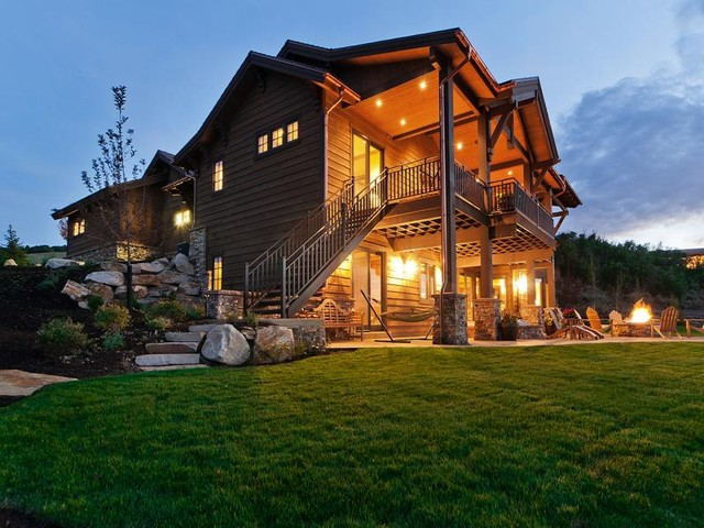 Exteriors by Cameo Homes Inc. in Utah traditional-exterior