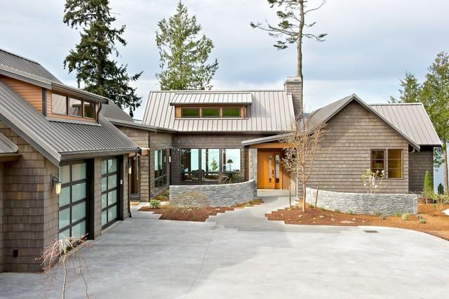 Exteriors beach-style-exterior