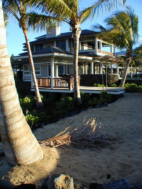 Exteriors tropical-exterior
