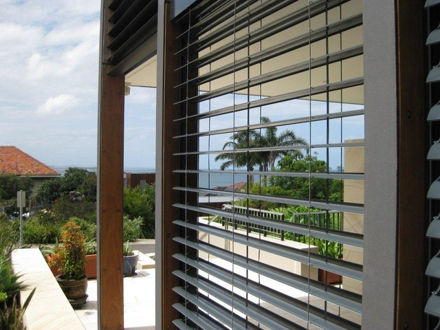 External blinds tropical exterior other metro by for Exterior window shade