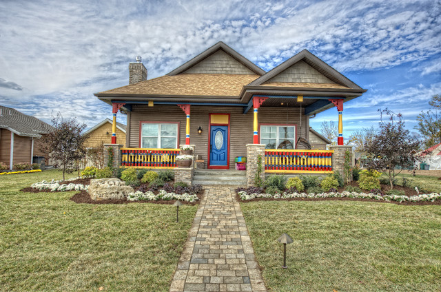 Extreme Makeover Home - Joplin eclectic-exterior