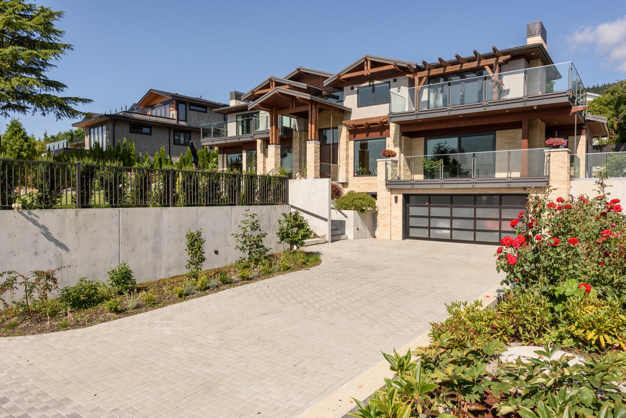 Eyremount Residence
