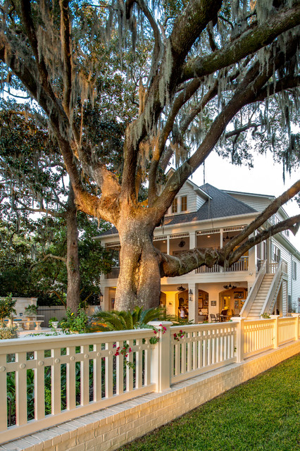 Fairhope bayfront living exterior other by bob for Bob chatham house plans