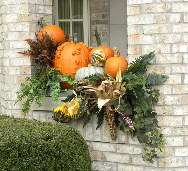 Fall containers traditional exterior chicago by for Autumn window decoration