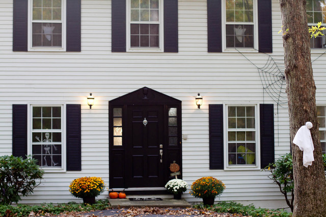 Fall Style traditional-exterior