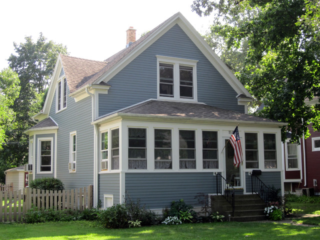 Farm House Style Home Wilmette Il In James Hardie Siding