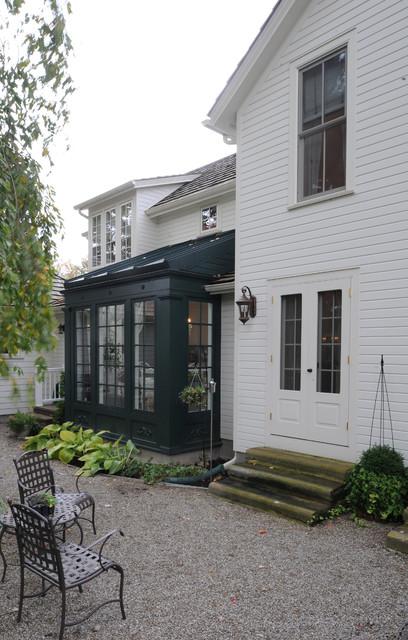European Farmhouse farmhouse-exterior