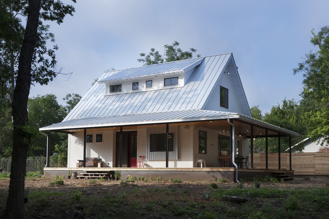 Farmhouse Porch Farmhouse Exterior austin by Rauser Design