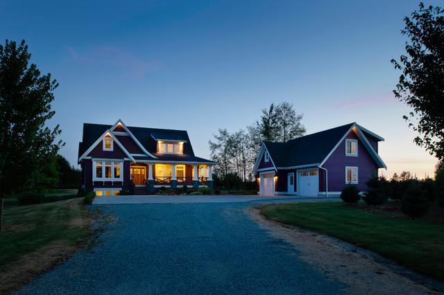 Farmhouse - Traditional - Exterior - Vancouver - by Rockridge Fine Homes