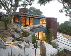 House design for upslope lot for Upslope house designs