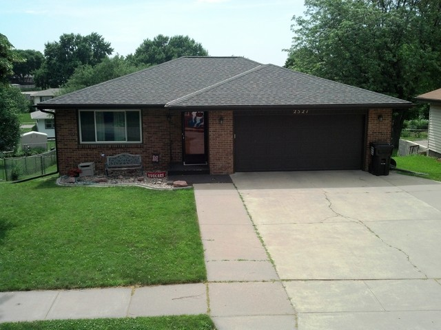 2013   traditional   exterior   omaha   by white castle roofing