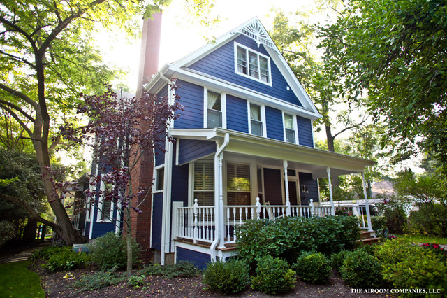 Folk Victorian In Blue Traditional Exterior Chicago