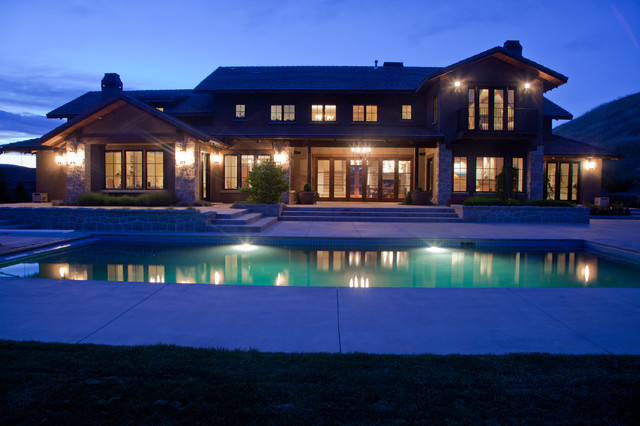 Foothills House traditional-exterior