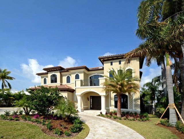 Fort Lauderdale - Lauderdale By The Sea Mediterranean Home mediterranean-exterior