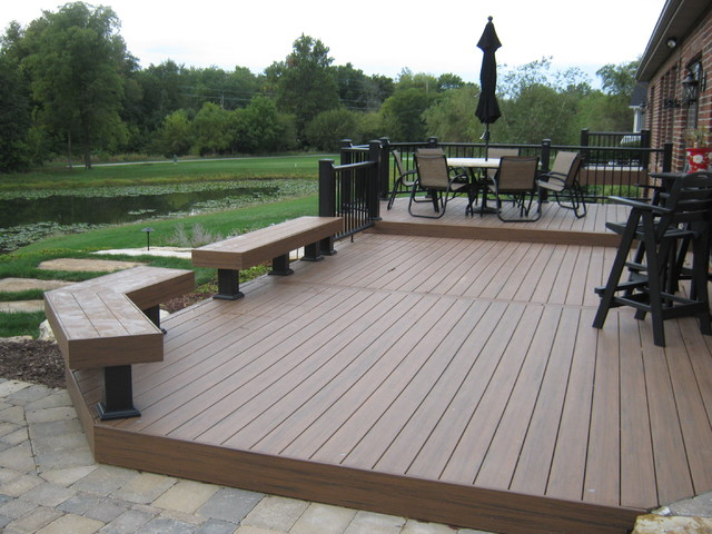 Fort Wayne TimberTech Deck With AZEK Railing Traditional