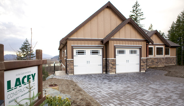 Fraser River View Home traditional-exterior