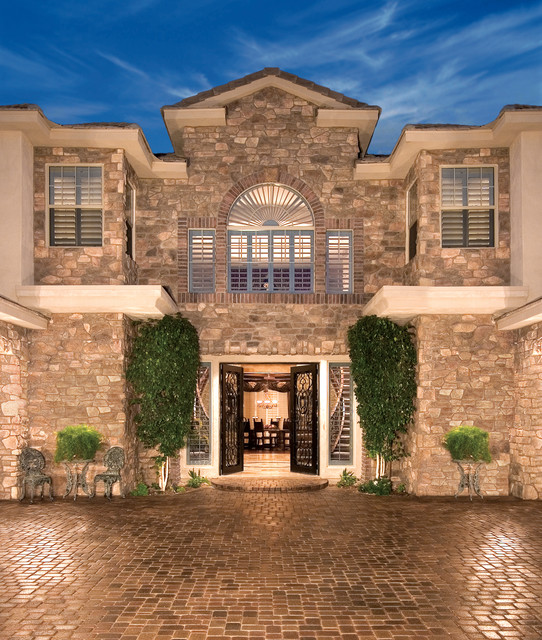 French country home exterior coronado stone veneer for Mediterranean stone houses