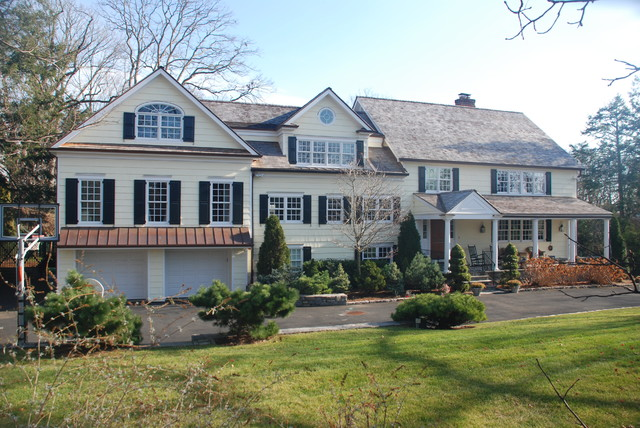 Split level addition greenwich ct traditional for Additions to split level homes