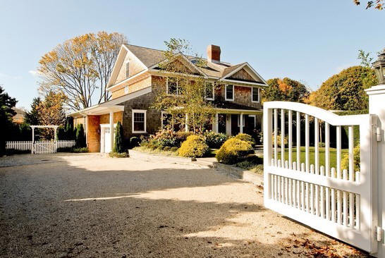 Front Gates in Hamptons Home exterior
