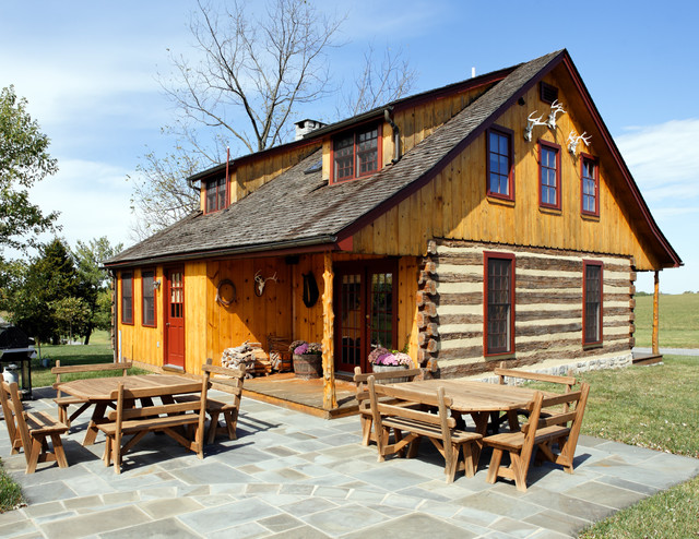 Front rustic exterior dc metro by kohlmark for Log home architects